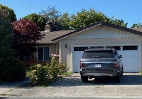 1825 17th St, Eureka, California 95501, ,2 BathroomsBathrooms,House,For Rent,17th,1009